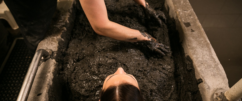 indiansprings-header-mud-mineral-bath-5c5b0cb01ce13.jpg